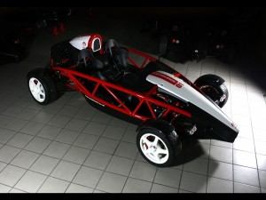 2011-Ariel-Atom-Mugen-Front-And-Side-1920x1440