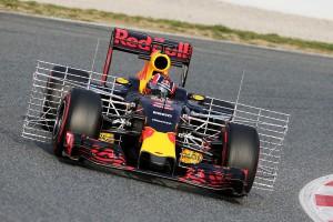 Red-Bull-Technik-Barcelona-Tests-2016-fotoshowBigImage-1d6e2661-930281